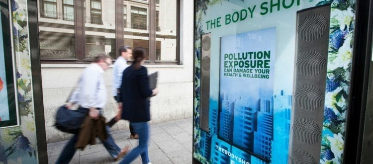 Air cleaning billboard ads in London have been made possible by technology developed in Copenhagen Science City by cleantech company AIRlabs